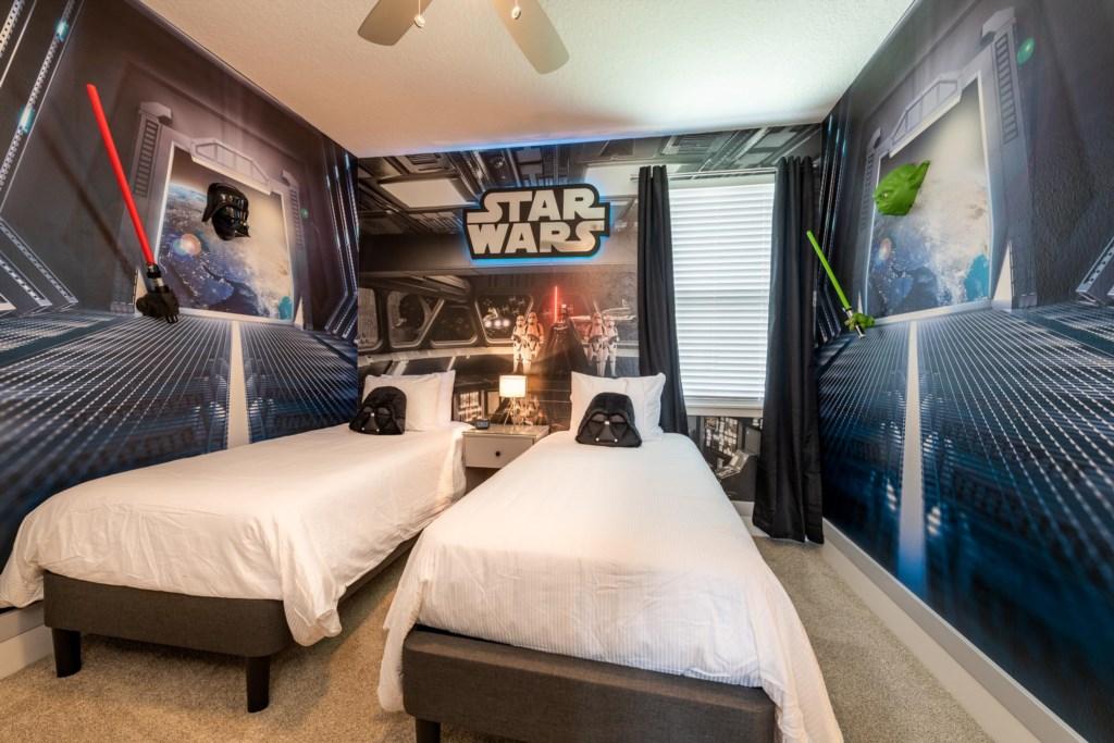 Star Wars Themed Bedroom.jpg