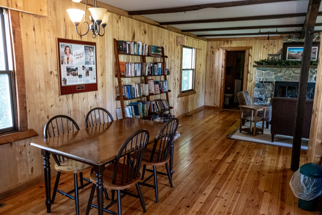 Original cabin dining area.