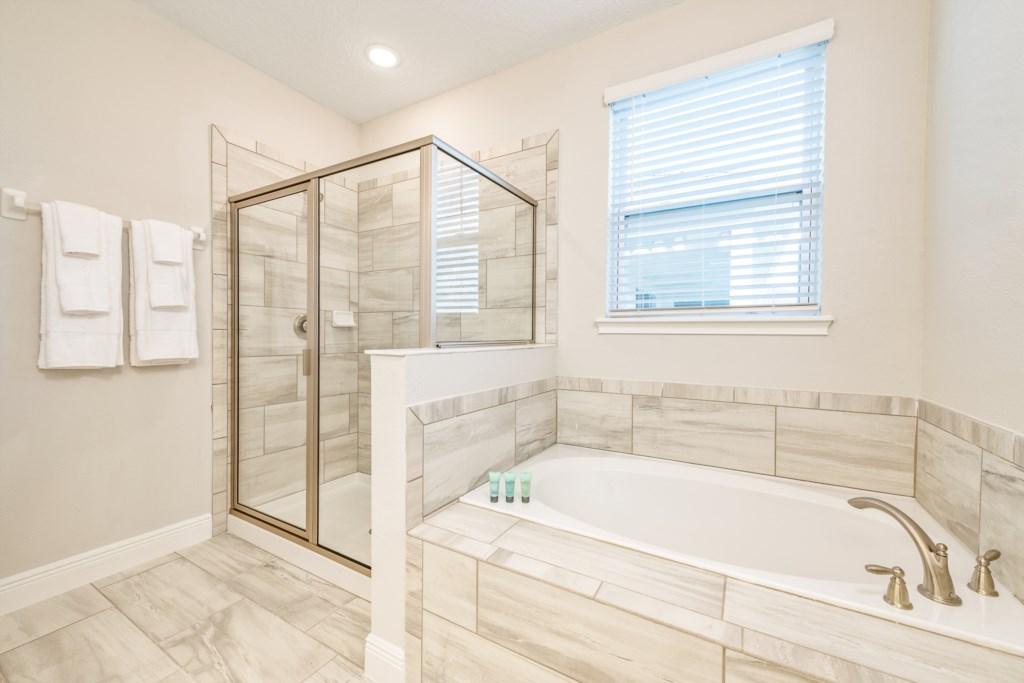 35-Bath 7-2.jpg