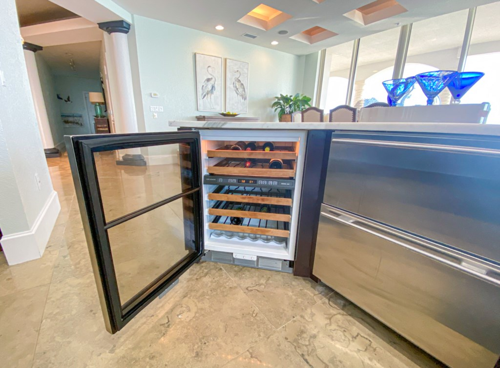 Wine cooler and refrigerated drawers