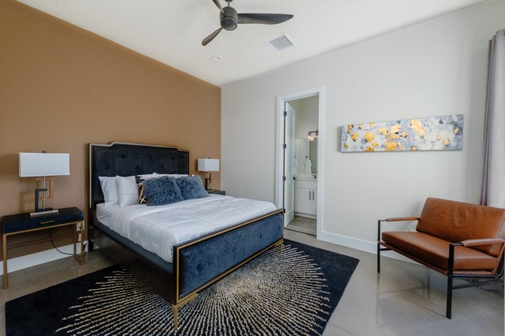 3rd bedroom with queen bed!