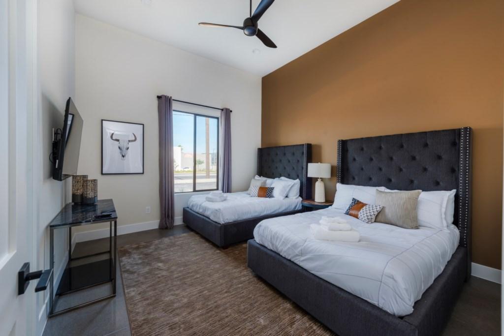 4th bedroom with 2 queen beds