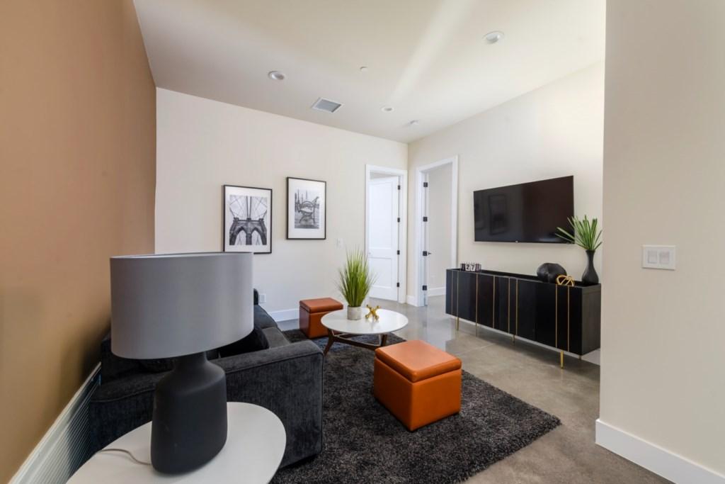 Extra lounge area