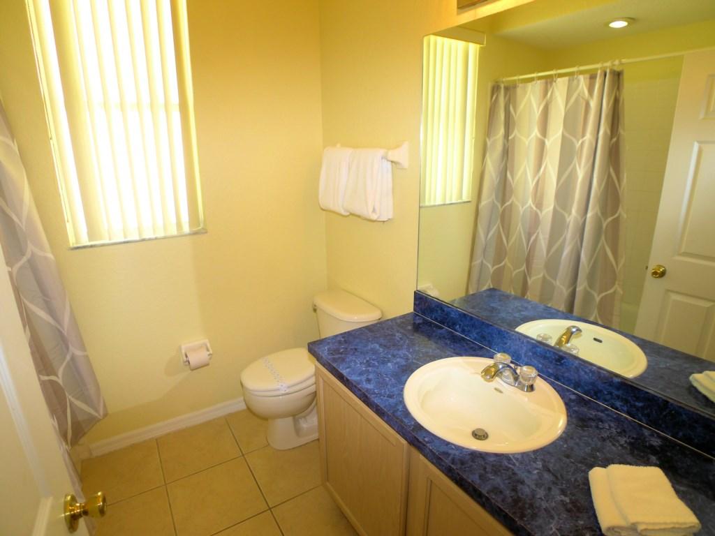 5 Bedroom 3 Bathroom Home