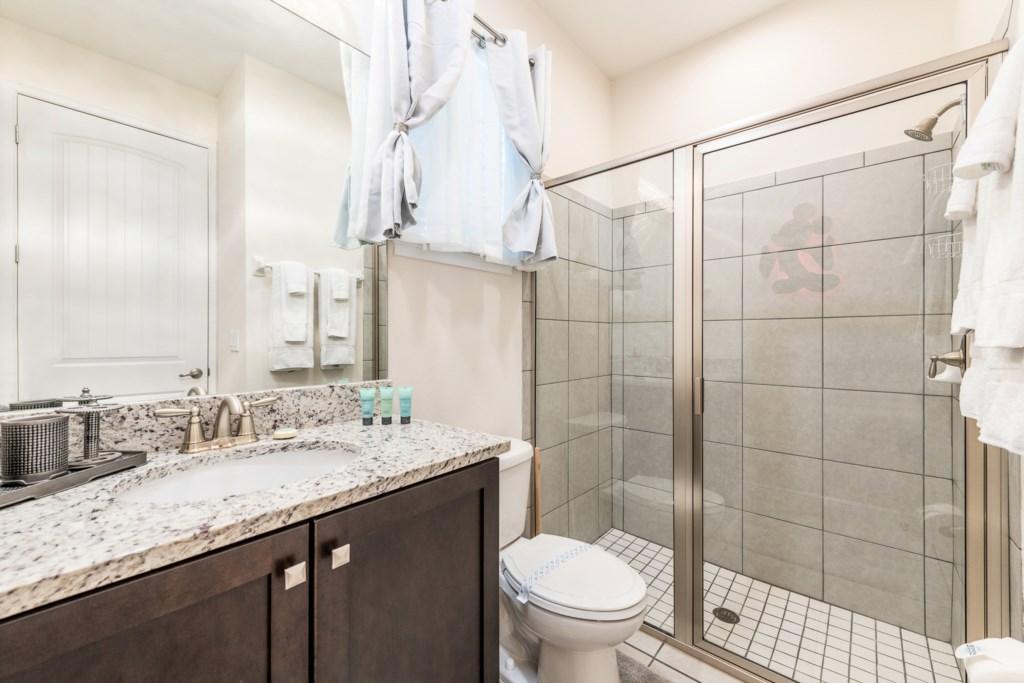 14-Bath 1.jpg