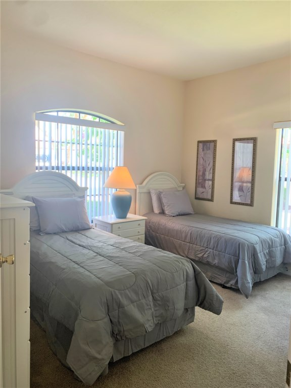 15.Bedroom4withtwinbeds