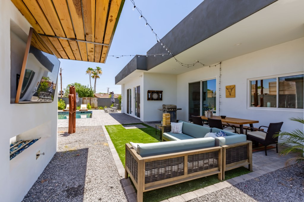 Outdoor space galore