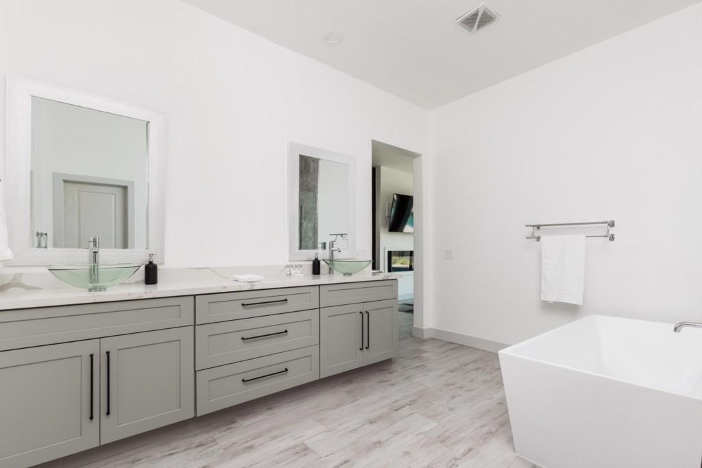 Double vanities in the master bath