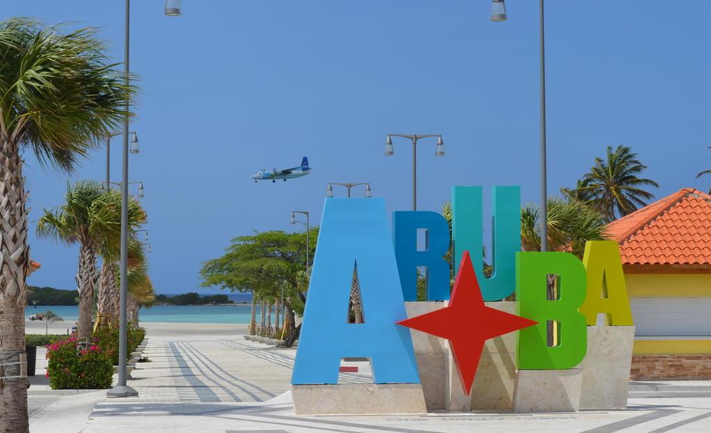 Aruba, the One Happy Island