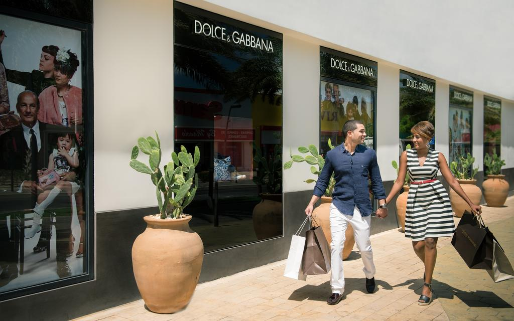 Luxury shopping Oranjestad