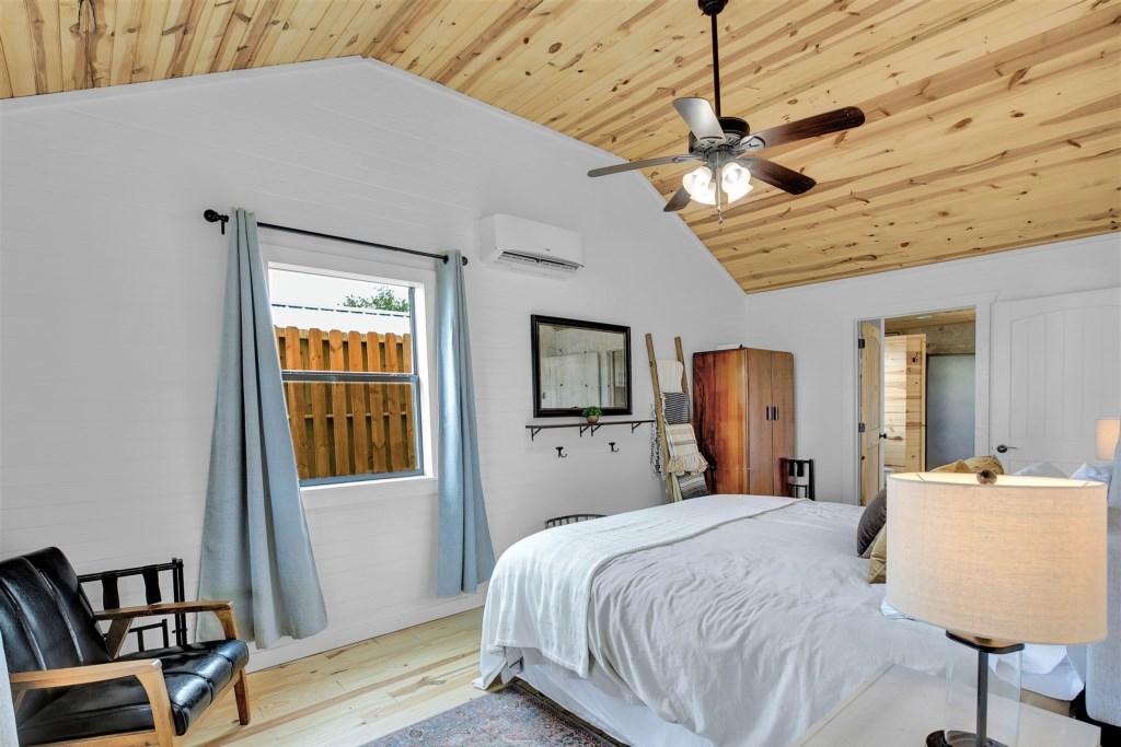 Oak Cottage Master Bedroom Photo 2 of 3