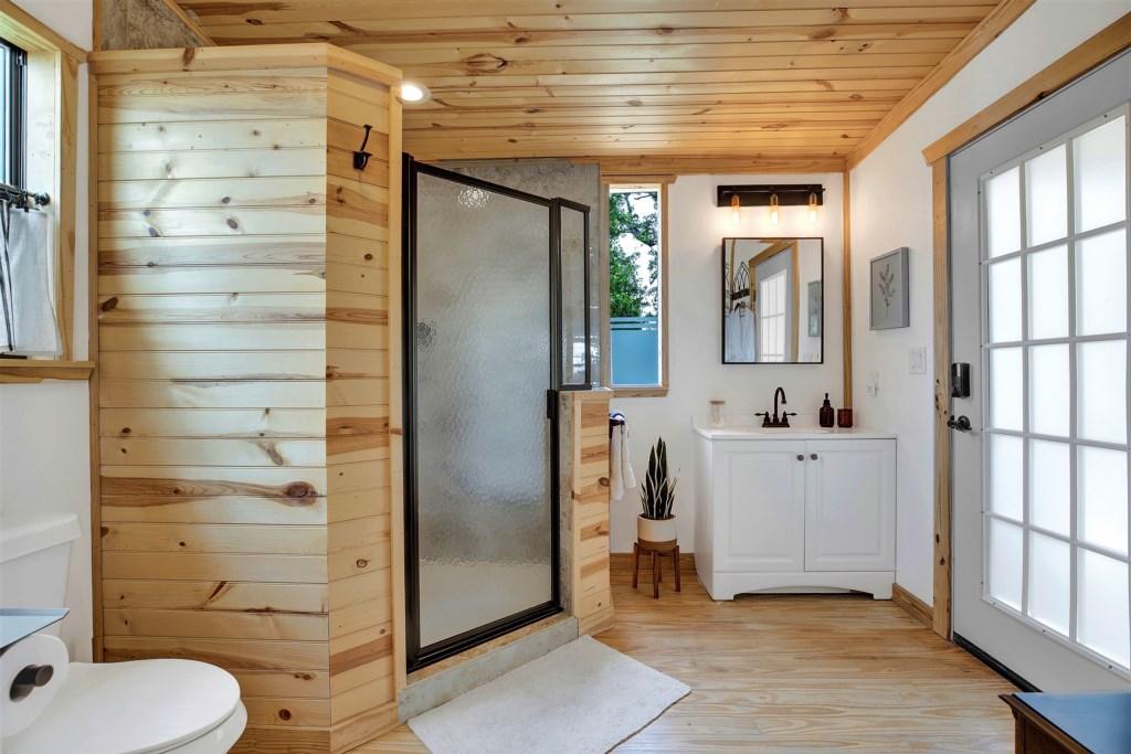 Oak Cottage Master Bathroom Photo 1 of 4