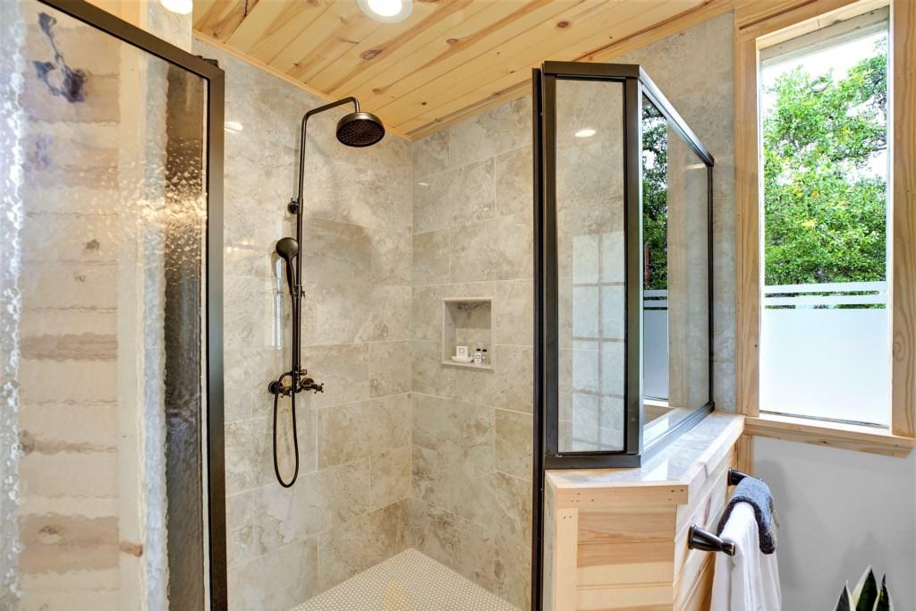 Oak Cottage Master Bathroom Photo 3 of 4