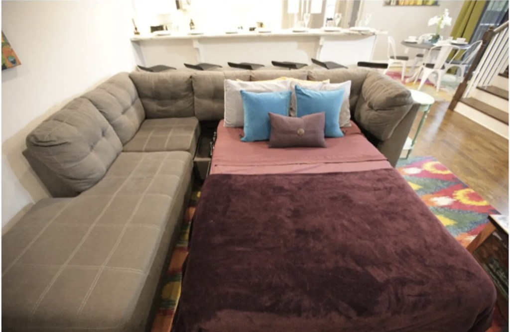Comfy pull out sofa bed