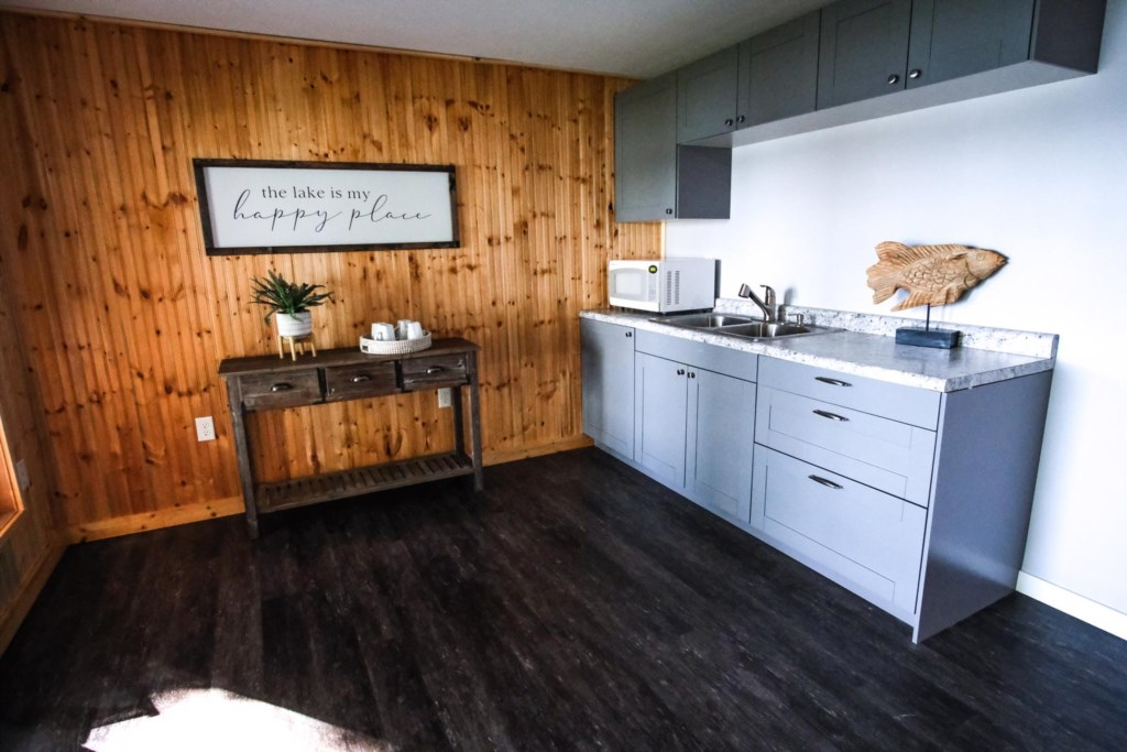Lower level kitchenette area is perfect for an extra prep area or just for snacks and beverages