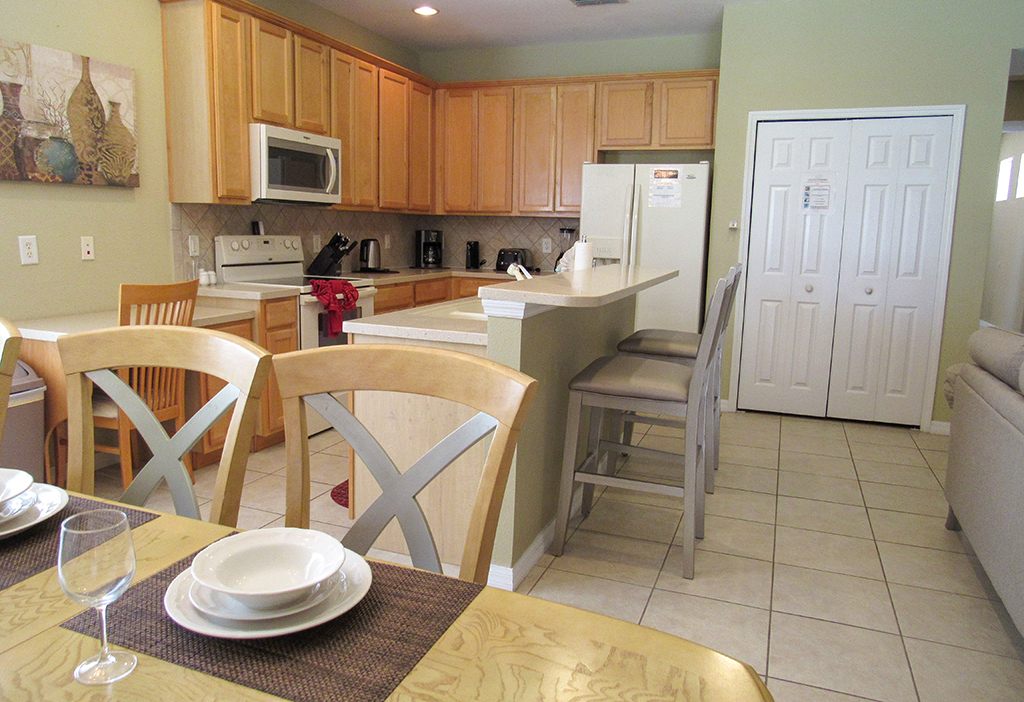 Kitchen has everything you need to fulfill your self-catering requirements.