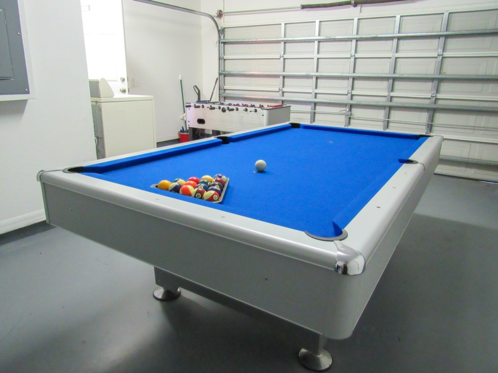 Games room with pool table included.