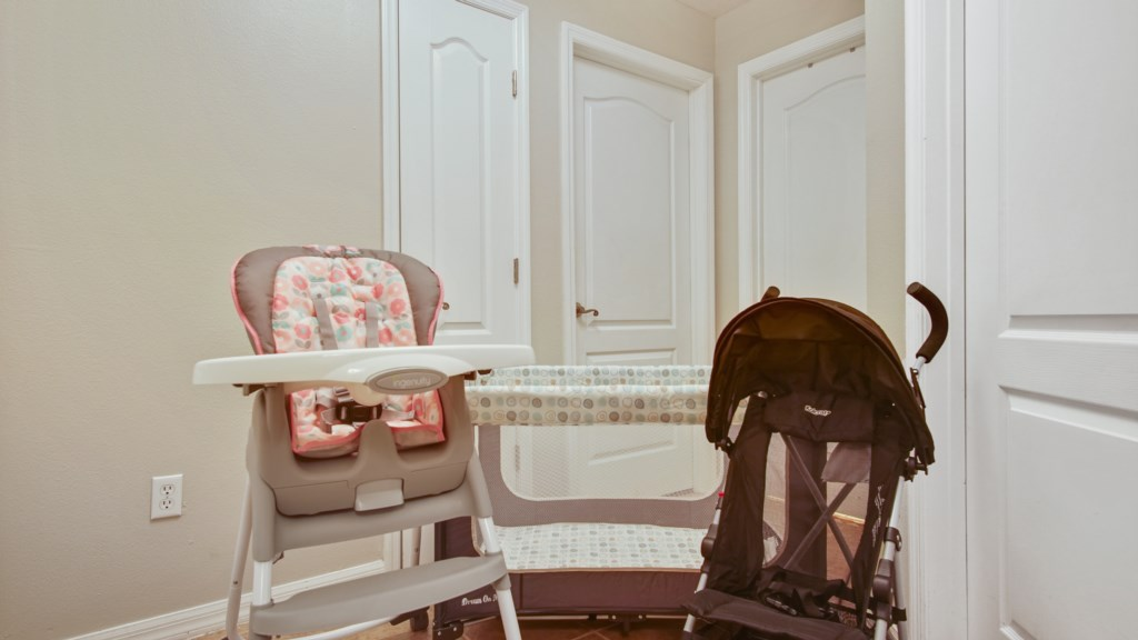 House includes a pack n play, highchair and stroller!