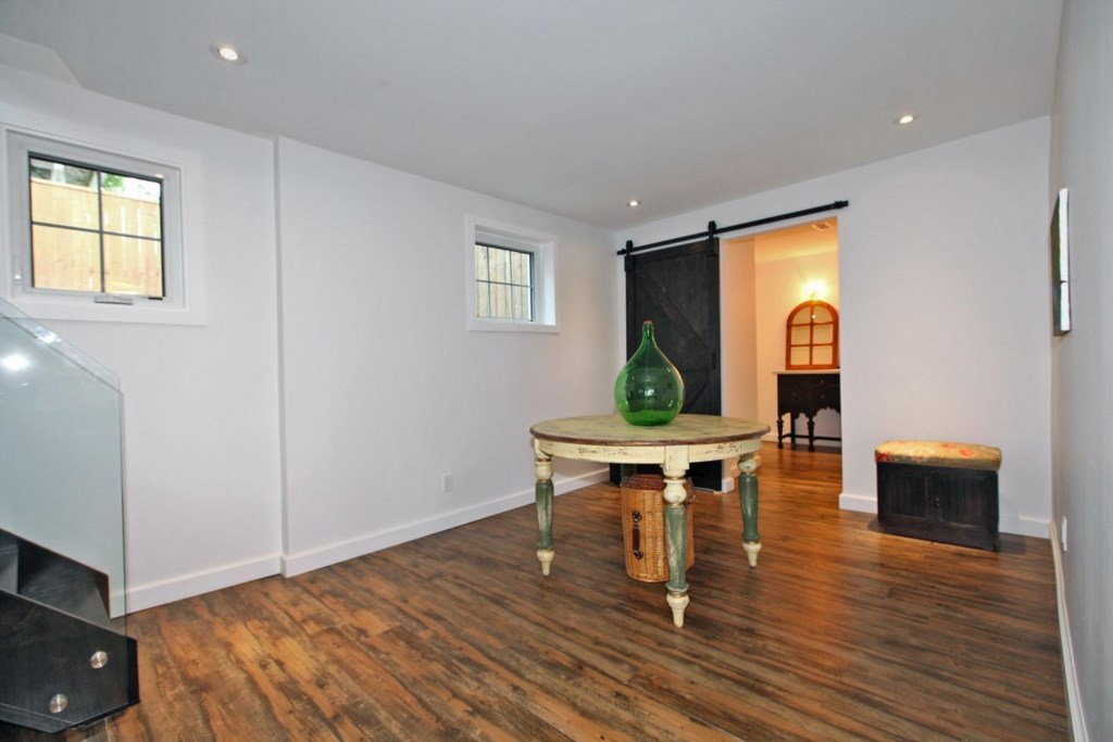 Basement - The White House Vacation Rental - Niagara-on-the-Lake