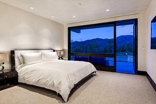 Guest Room 2.jpeg