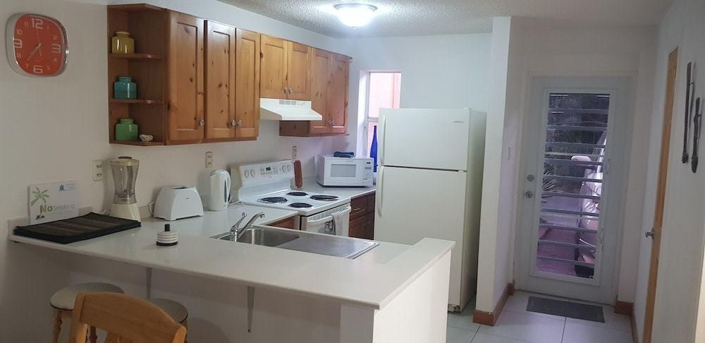 237C Kitchen.jpg