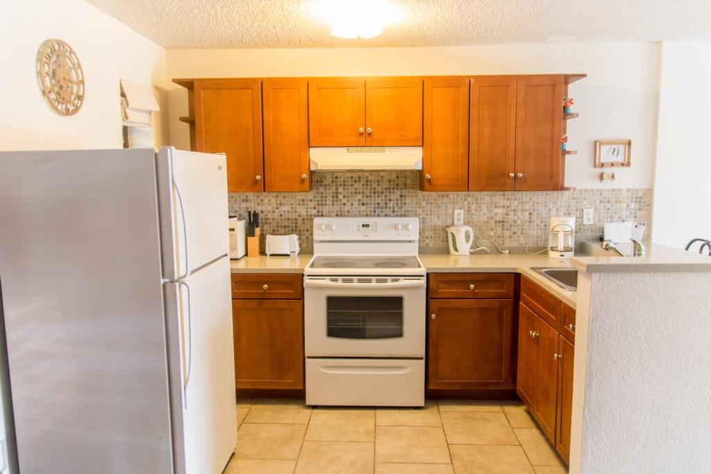 225B Kitchen 2.jpg