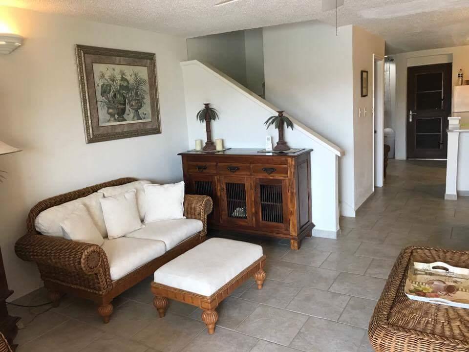 225B Livingroom 2.jpeg