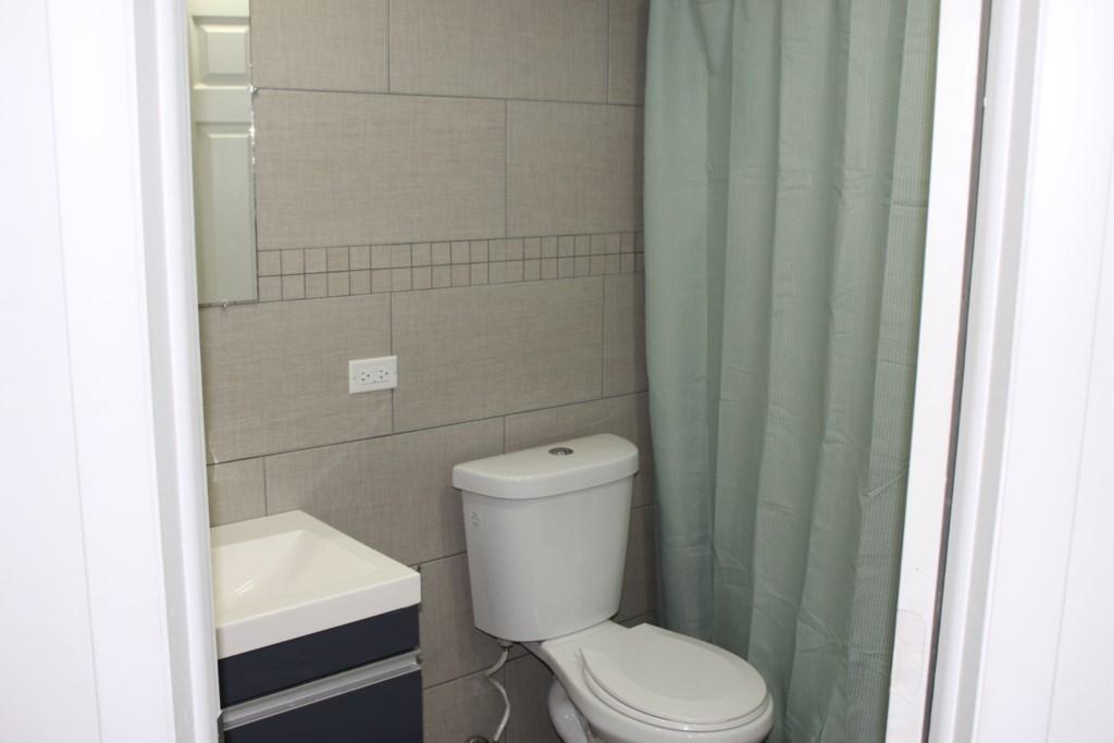 334A(Masterbathroom)