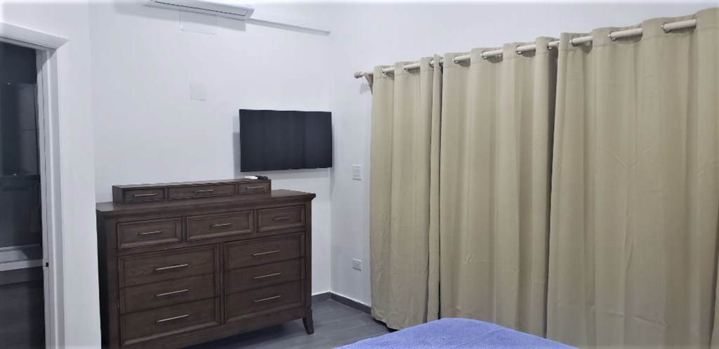 334B(Master bedroom TV).png