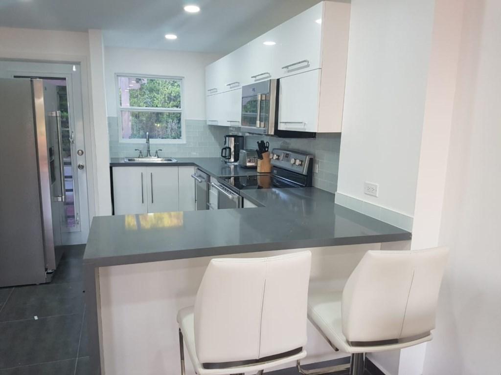 401B Kitchen.jpg