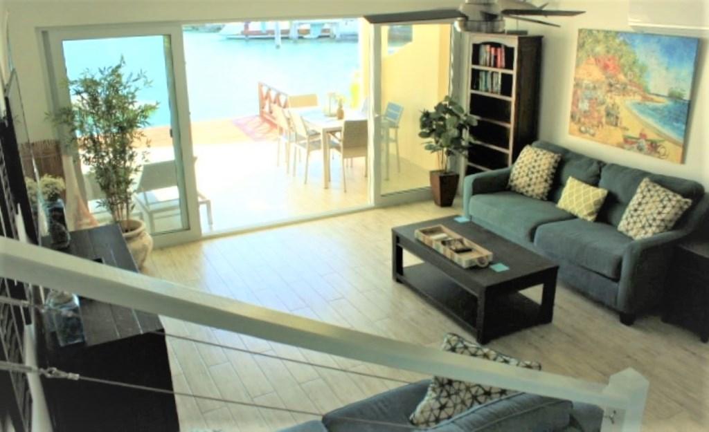 229E (Living room 2).JPG
