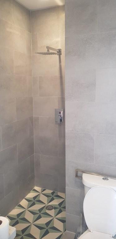 229E Bath.jpg