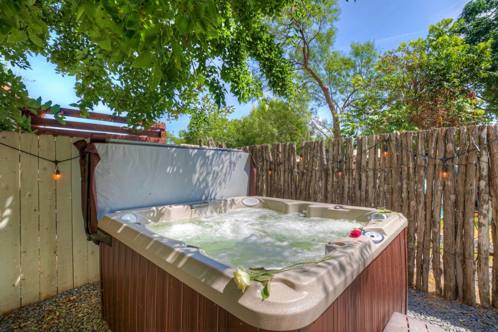 You and your group will love the homes hot-tub after a long day of exploring Fredericksburg!