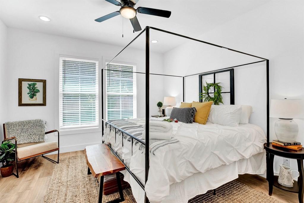 Guest Bedroom 1 Photo 1 of 2