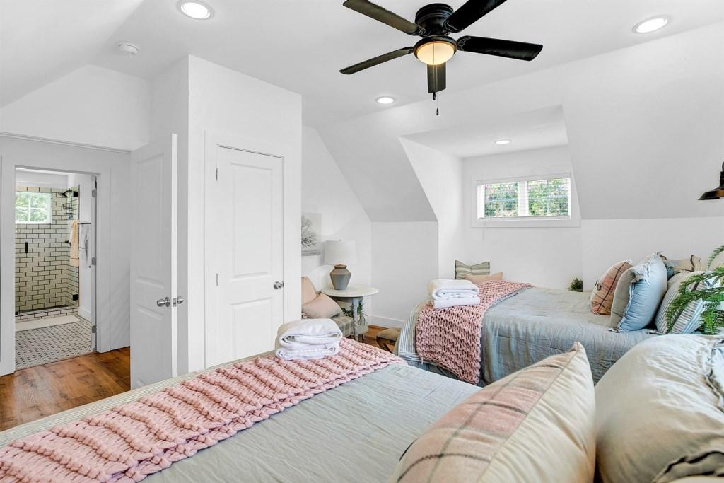 Guest Bedroom 2 Photo 2 of 2