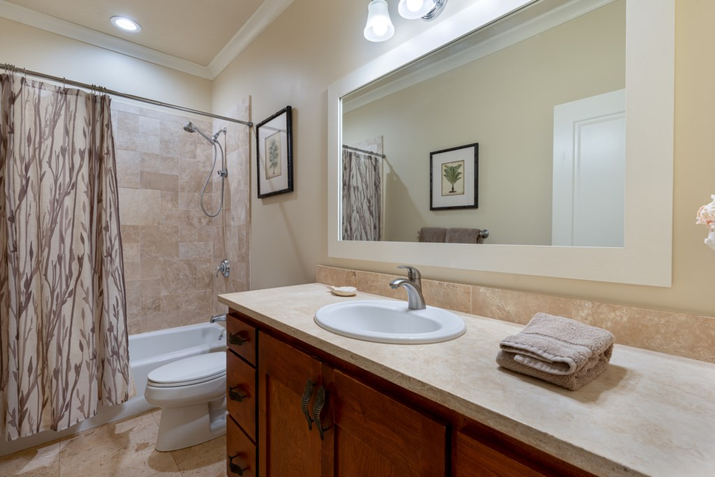 Hall bathroom located across from Twin Bedroom - shower / tub