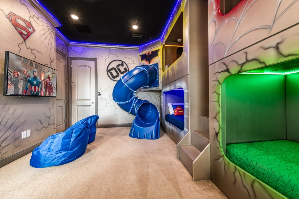 Superhero Themed Bedroom 2.jpg