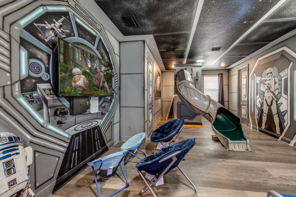 Star Wars Bedroom.jpg