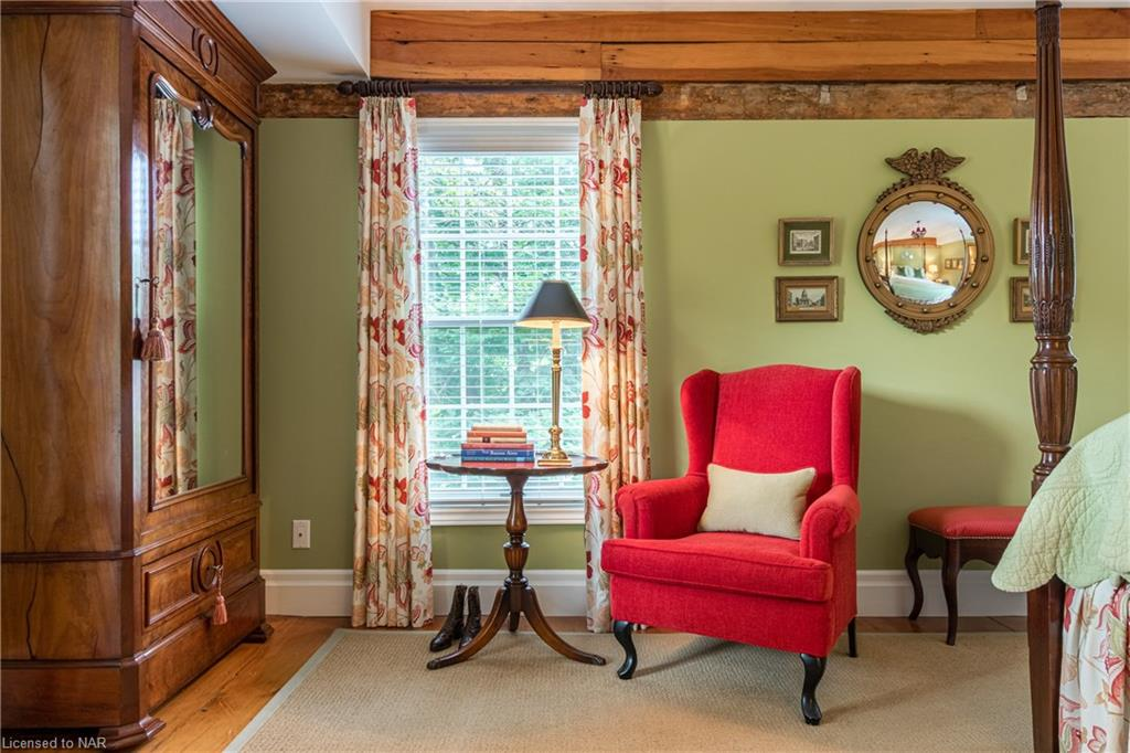 The Greren Room Bedroom - Dressing Chair - Butler House Vacation Rental - Niagara-on-the-Lake