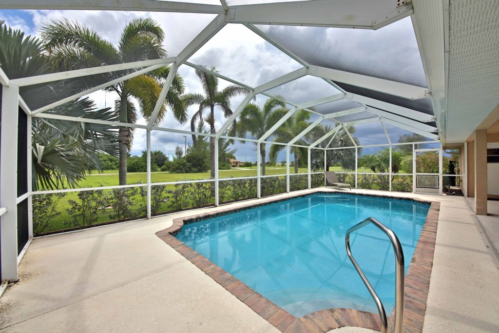 Beautiful Tropical view from your Pool and patio area