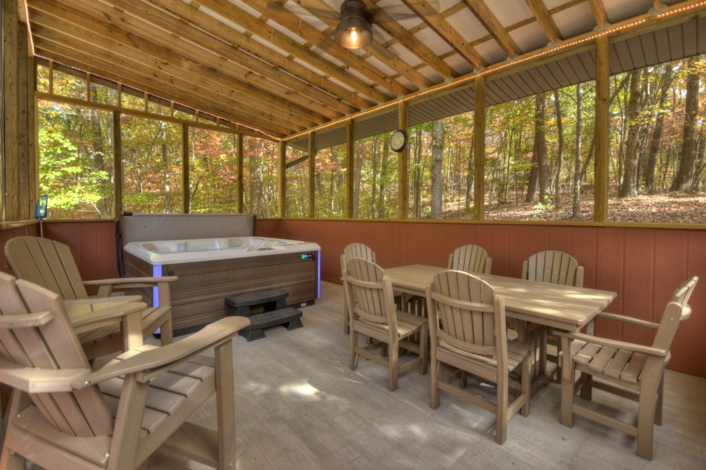 As well as the Hot Tub there is plenty of seating and dining to take full advantage of the outdoors