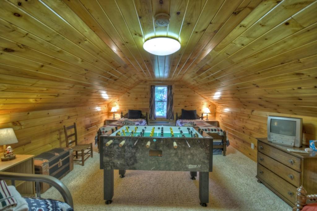 Loft space Game Room