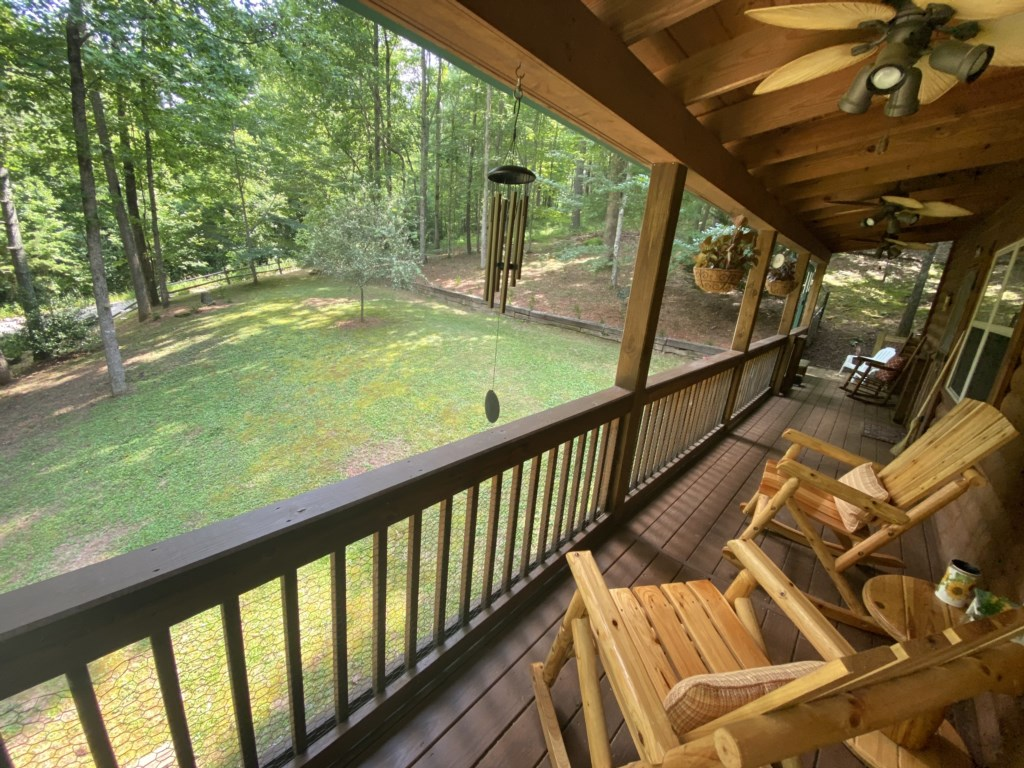 'Wonderful cabin in an excellent location! Would highly recommend and go again - Review Austin