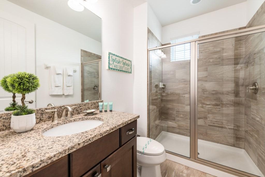 33-Bath 8.jpg