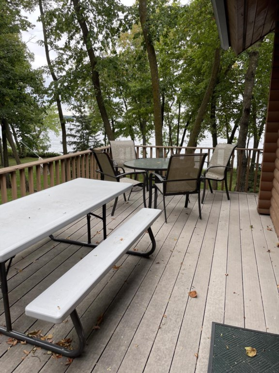 Nice deck space to feed the whole family plus more!
