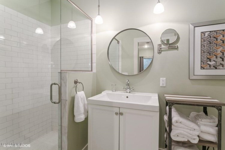 Master Bathroom Full