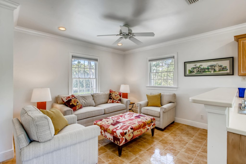 Guest House Family Room