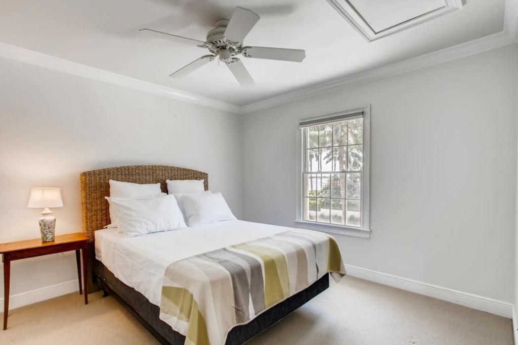 2121 S Flagler Dr West Palm-large-022-028-2nd Floor Guest House bedroom-1500x1000-72dpi.jpg