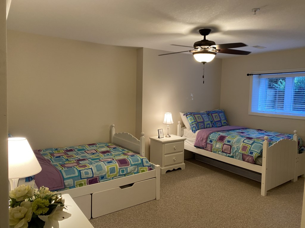 bedroom 3 (Two Twins)