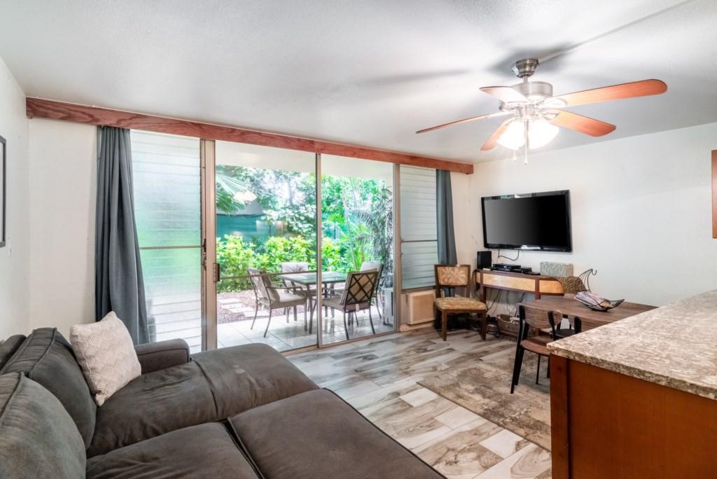 Beautiful Lanai Views and Open Floor Plan
